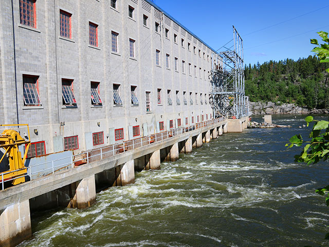Outside hydroelectric power station